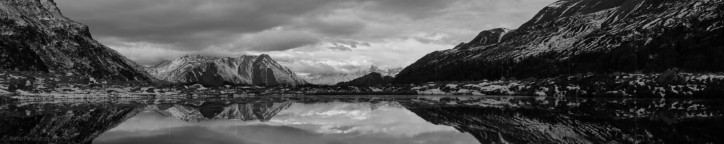 Naturpanorama ch black white variants for panorama photo p015256b